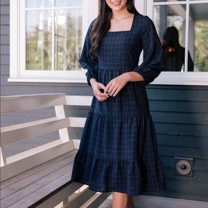 NWT Gal Meets Glam size 2 Brynn peasant dress